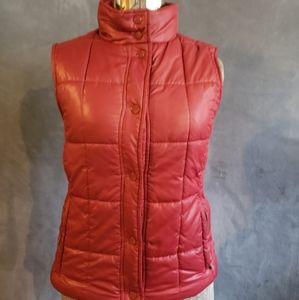 Maroon Puffer Vest by Tweeds Size Medium